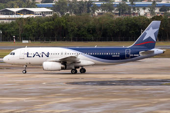 CC-BAM - LAN Airlines Airbus A320