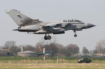 ZA447 - Royal Air Force Panavia Tornado GR.4 / 4A