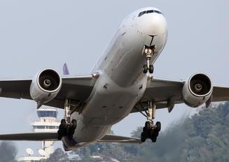 HS-TJG - Thai Airways Boeing 777-200