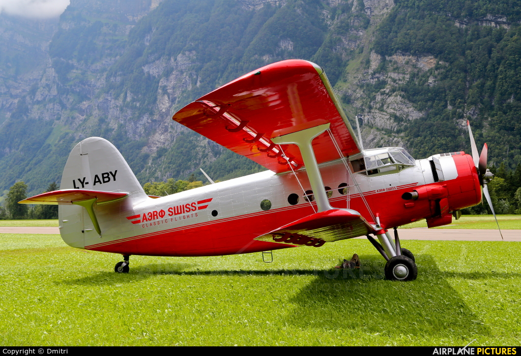 Private LY-ABY aircraft at Mollis