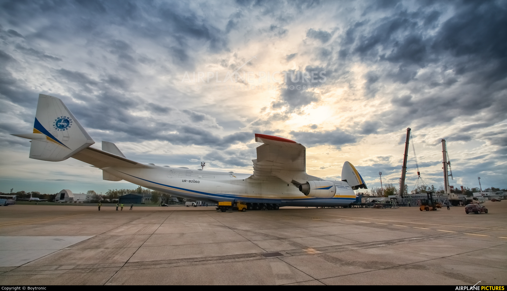 Antonov Airlines /  Design Bureau UR-82060 aircraft at Zagreb