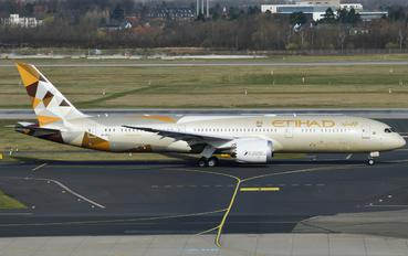 A6-BLI - Etihad Airways Boeing 787-9 Dreamliner