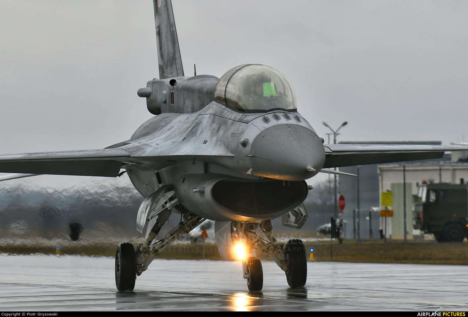 Poland - Air Force 4086 aircraft at Łask AB