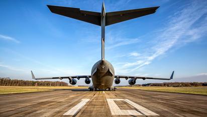 SAC 01 - NATO Boeing C-17A Globemaster III