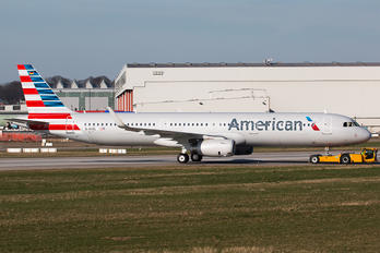 D-AVZL - American Airlines Airbus A321