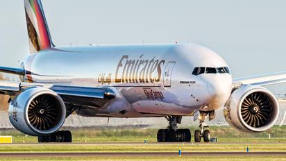 A6-EFS - Emirates Sky Cargo Boeing 777F