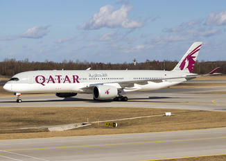 A7-ALI - Qatar Airways Airbus A350-900
