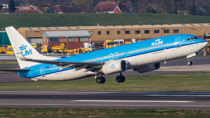 PH-BXH - KLM Boeing 737-800