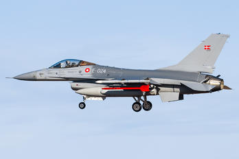 E-024 - Denmark - Air Force General Dynamics F-16A Fighting Falcon