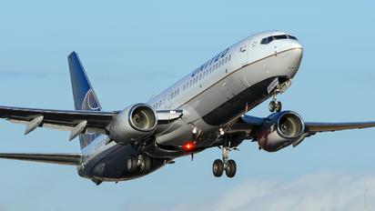 N14231 - United Airlines Boeing 737-800