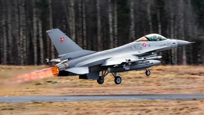 E-024 - Denmark - Air Force General Dynamics F-16A Fighting Falcon