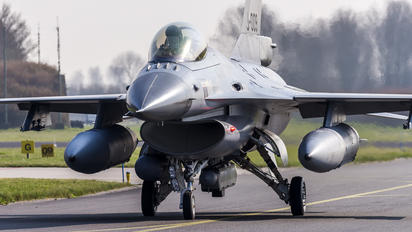 J-009 - Netherlands - Air Force General Dynamics F-16A Fighting Falcon