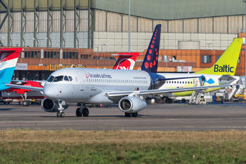 EI-FWD - Brussels Airlines Sukhoi Superjet 100