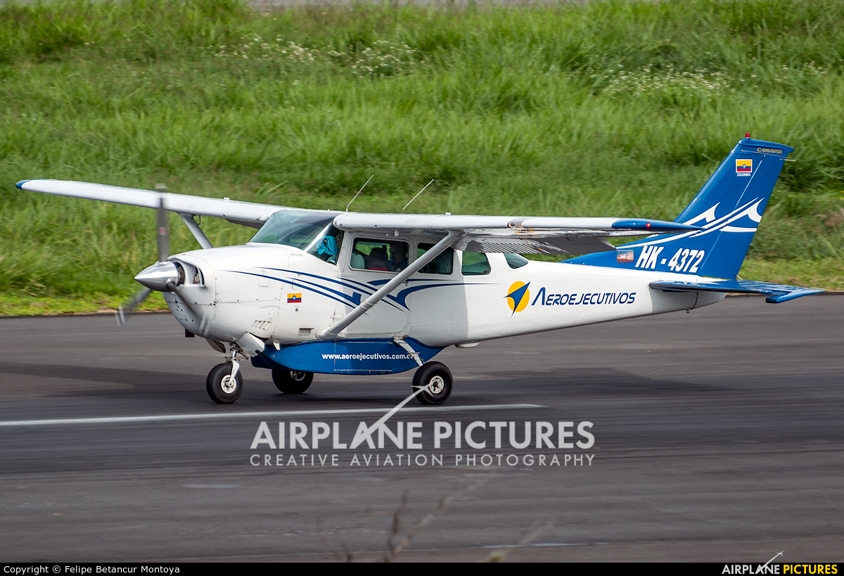 Aeroejecutivos de Antioquia HK-4372 aircraft at Medellin - Olaya Herrera