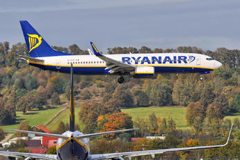 EI-EFP - Ryanair Boeing 737-800