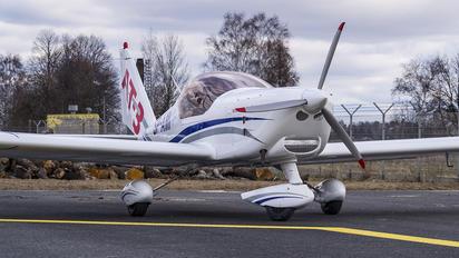 SP-AMI - Private Aero AT-3 R100
