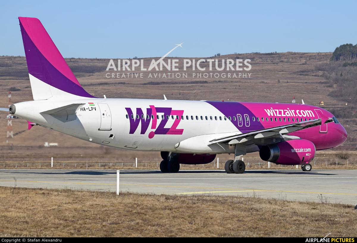 Wizz Air HA-LPV aircraft at Cluj Napoca - Someseni