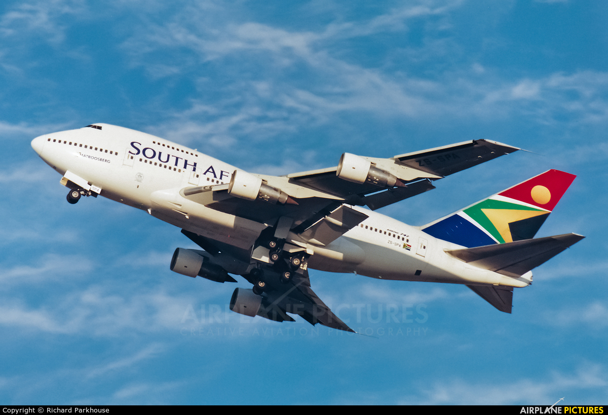 South African Airways ZS-SPA aircraft at Cape Town Intl
