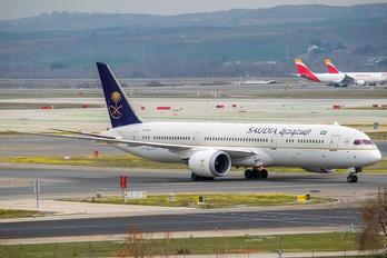 HZ-ARA - Saudi Arabian Airlines Boeing 787-9 Dreamliner