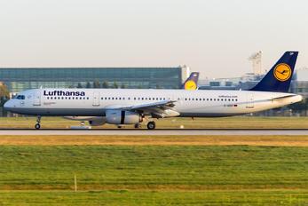 D-AIDP - Lufthansa Airbus A321