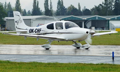 OK-CHF - Private Cirrus SR-22 -GTS
