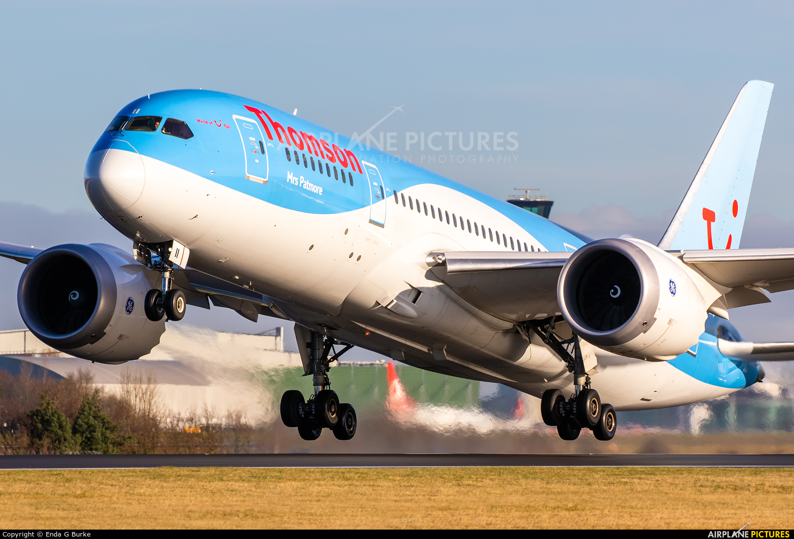 Thomson/Thomsonfly G-TUII aircraft at Manchester
