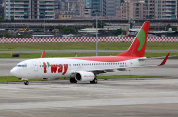 HL8021 - T'Way Air Boeing 737-800