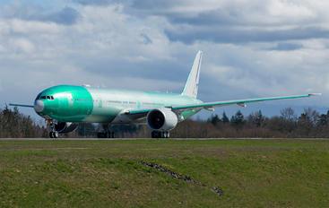 N2639U - United Airlines Boeing 777-300ER