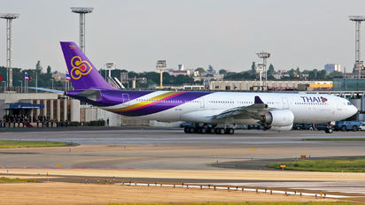 HS-TLD - Thai Airways Airbus A340-500