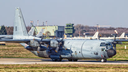 61-PI - France - Air Force Lockheed C-130H Hercules
