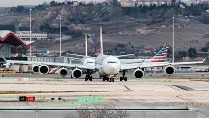 EC-LEV - Iberia Airbus A340-600