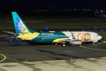 PR-GUK - GOL Transportes Aéreos  Boeing 737-800