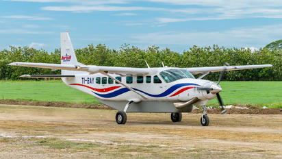TI-BAY - Private Cessna 208 Caravan