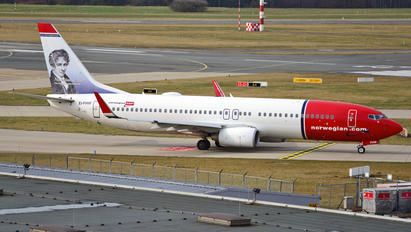 EI-FHW - Norwegian Air International Boeing 737-800