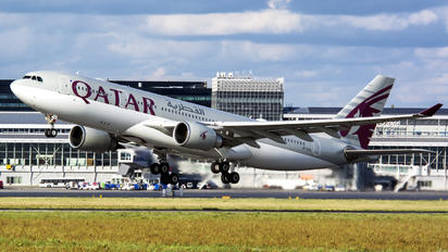 A7-ACA - Qatar Airways Airbus A330-200