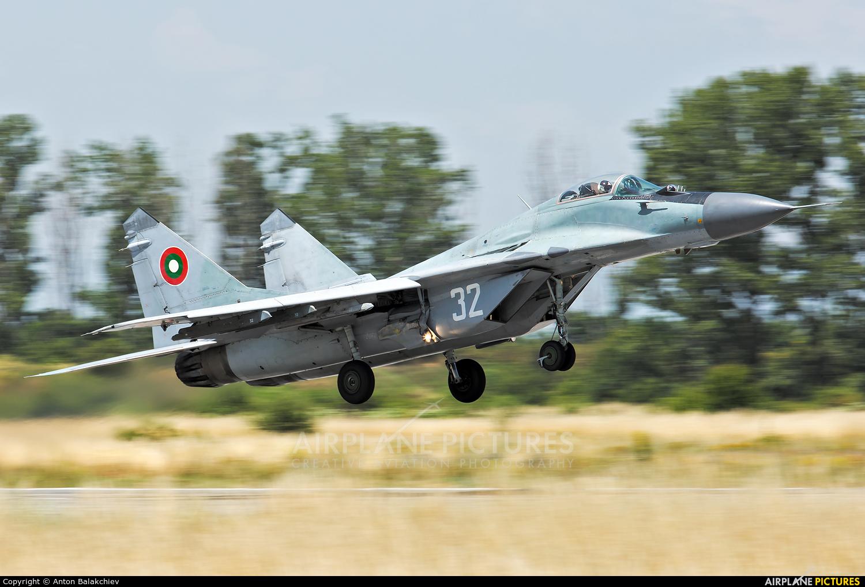 Bulgaria - Air Force 32 aircraft at Graf Ignatievo