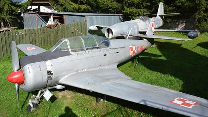 0401 - PZL Mielec PZL TS-8 Bies