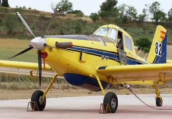 EC-LHJ - Avialsa Air Tractor AT-802