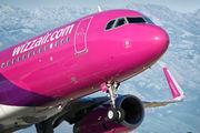 HA-LWL - Wizz Air Airbus A320 aircraft