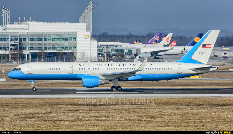 USA - Air Force 99-0003 aircraft at Munich