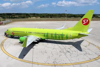 VP-BDF - S7 Airlines Boeing 737-800