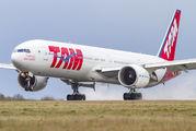 PT-MUG - TAM Boeing 777-300ER aircraft