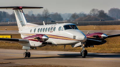 UR-HBD - Private Beechcraft 300 King Air 350