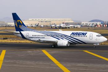 XA-UNY - Magnicharters Boeing 737-300