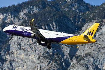 G-ZBAL - Monarch Airlines Airbus A321