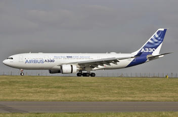 F-WWCB - Airbus Industrie Airbus A330-200