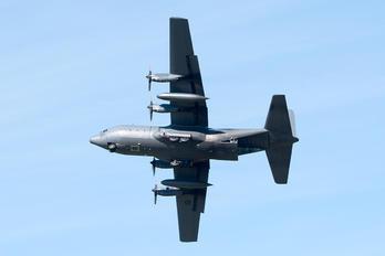 NZ7003 - New Zealand - Air Force Lockheed C-130H Hercules