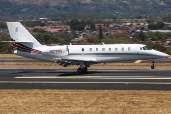 N370QS - Netjets (USA) Cessna 680 Sovereign