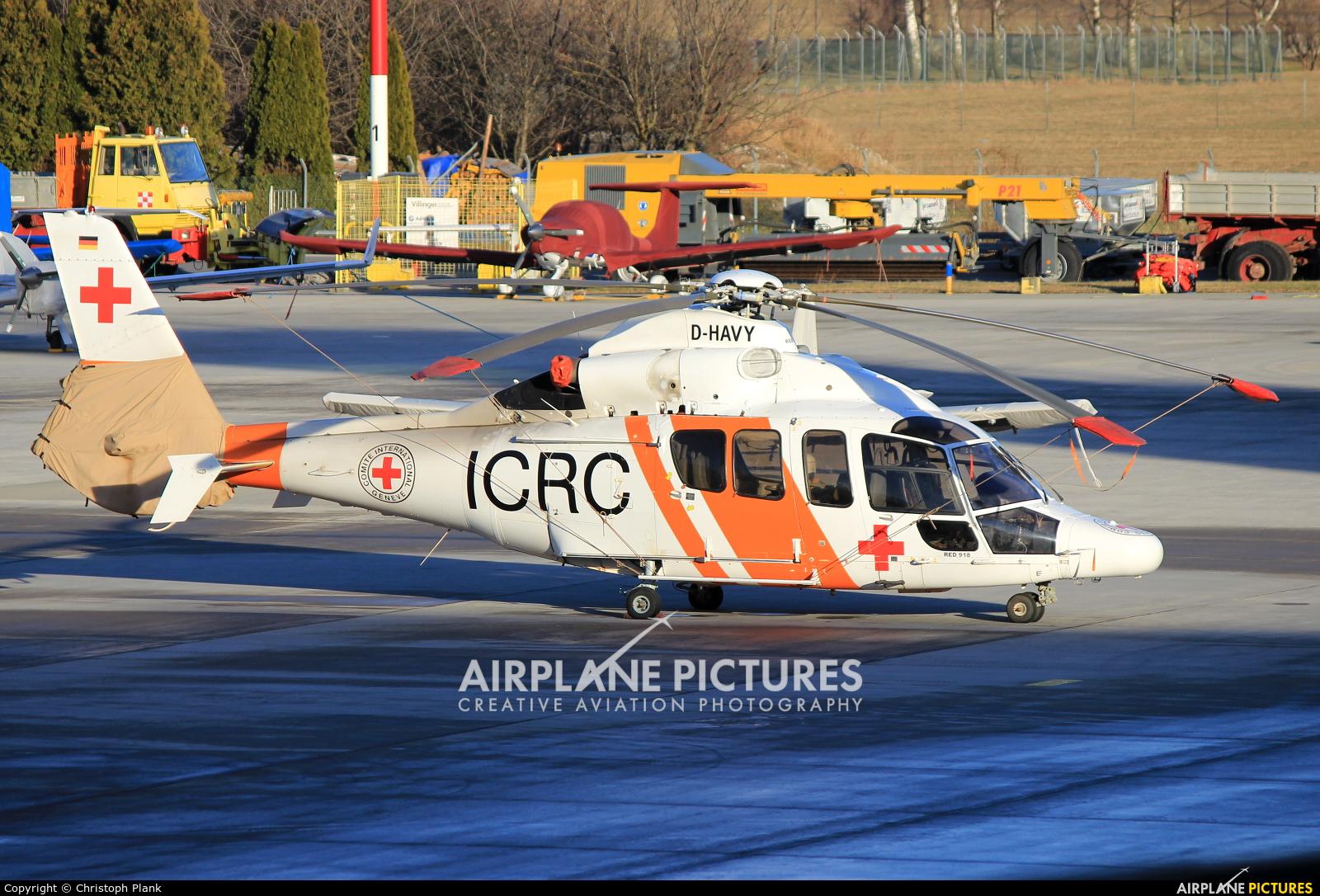 Private D-HAVY aircraft at Innsbruck