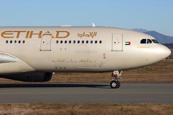 A6-EYI - Etihad Airways Airbus A330-200